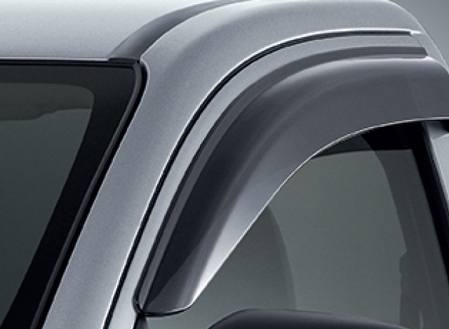 SIDE WINDOW DEFLECTOR